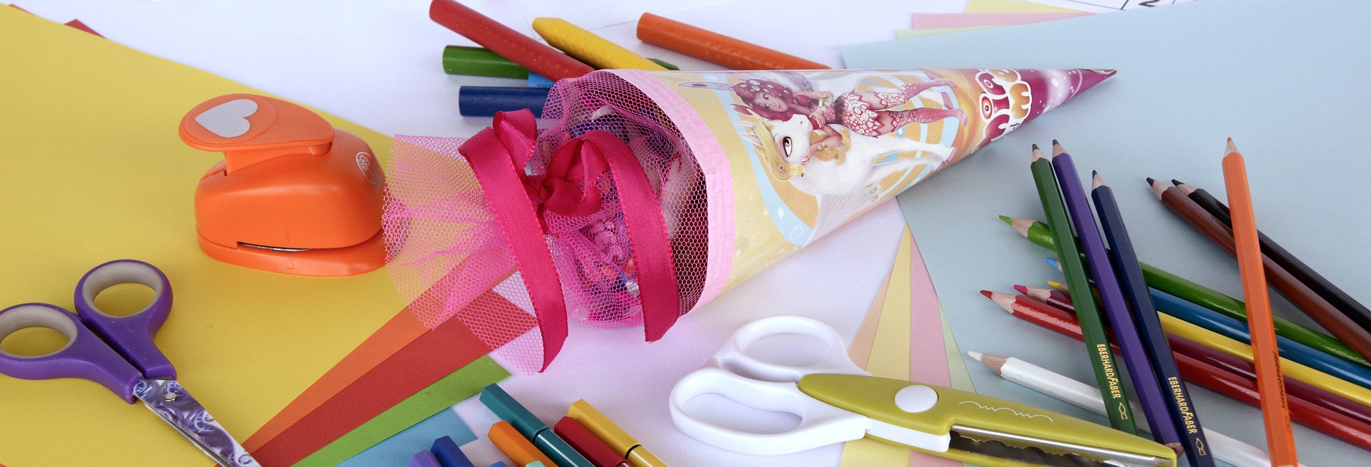 DIY - Selbstgemachter Klebstoff für Kinder